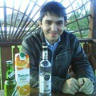 Рустам Ашуров
