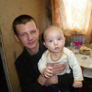 Олег Динищук